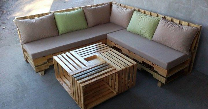 Ghế sofa gỗ Pallet từ gỗ Thông với đệm lót ghế trẻ trung
